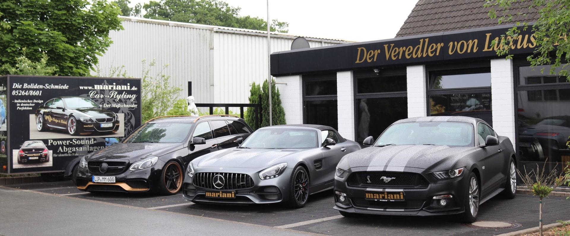 Mercedes AMG + Ford Auspuff vor der mariani Werkstatt
