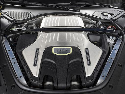 Aston Martin Vantage Auspuff